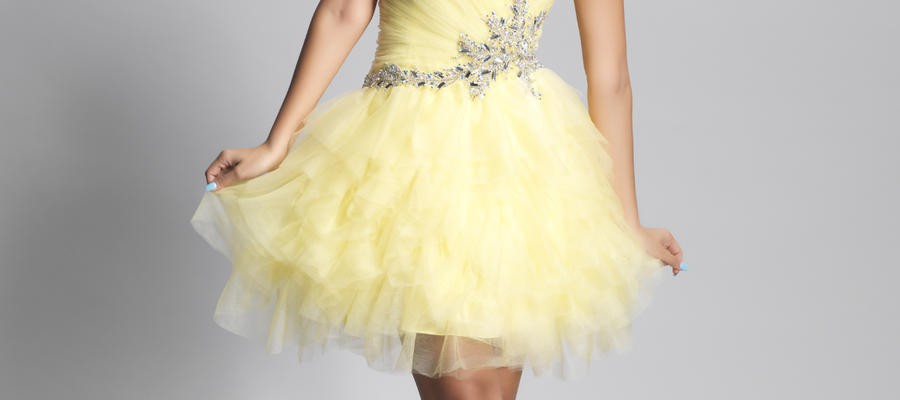 benefits-of-choosing-yellow-prom-dresses