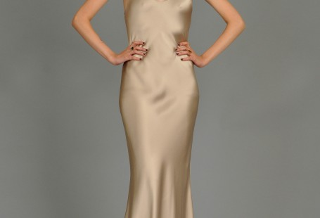 best-time-to-buy-silk-gown