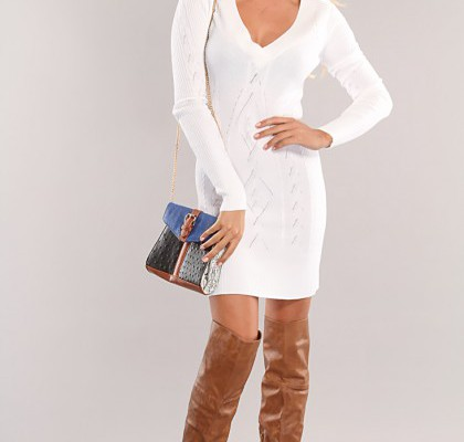 details-of-shopping-for-a-white-sweater-dress