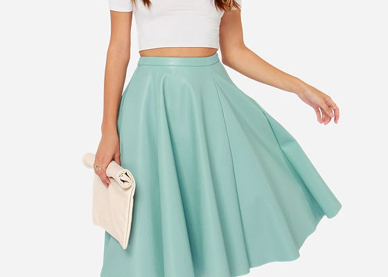 different-colors-for-teal-skirt