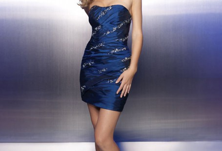 favorite-styles-of-blue-sequin-dress