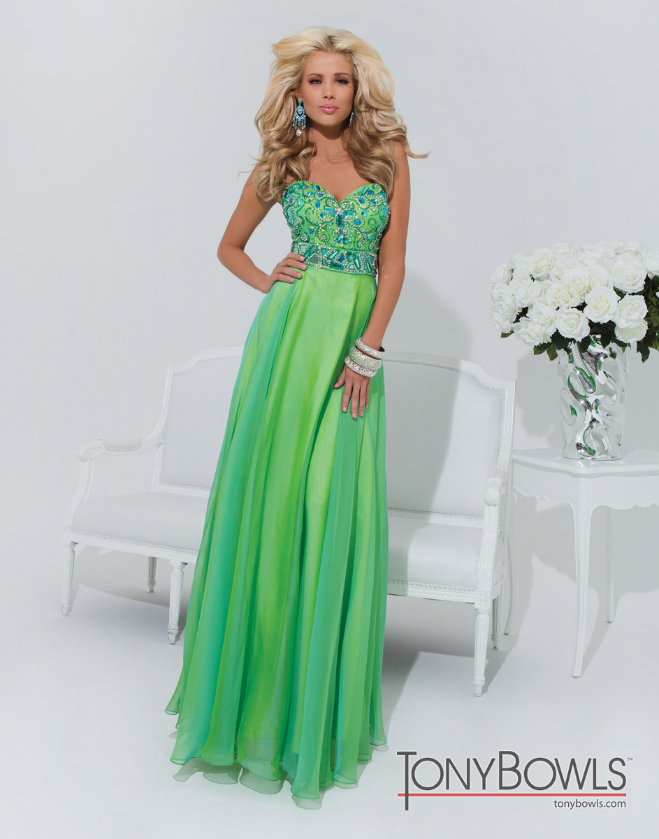 General terms of Mardi Gras Gowns - 24 Dressi