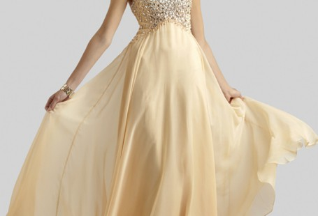 how-to-choose-gorgeous-champagne-prom-dresses