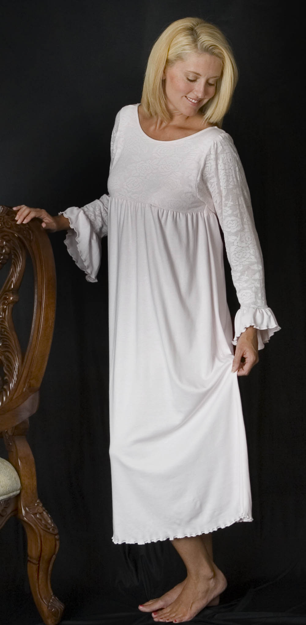 How to choose Sleeping Gowns - 24 Dressi