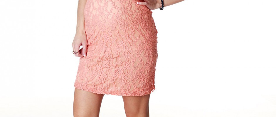 how-to-choose-suitable-pink-lace-dress