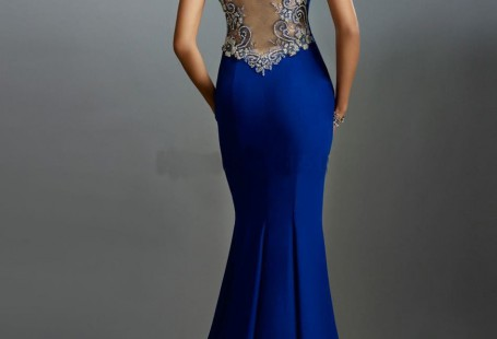 how-to-find-suitable-backless-gown