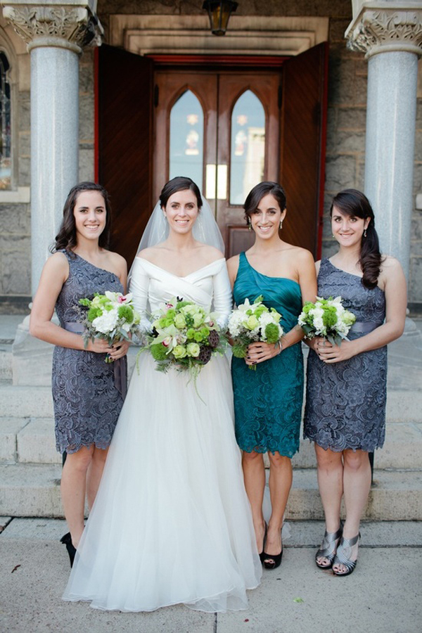 How to select  Blue Bridesmaid Dresses