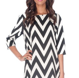 ideal-choice-of-black-and-white-chevron-dress