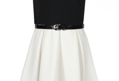 look-your-delicacy-in-white-skater-dress
