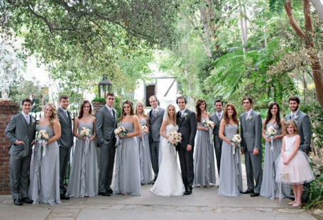 reasons-for-choosing-grey-bridesmaid-dresses