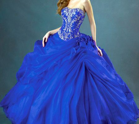 steps-of-finding-suitable-ball-gown-prom-dresses