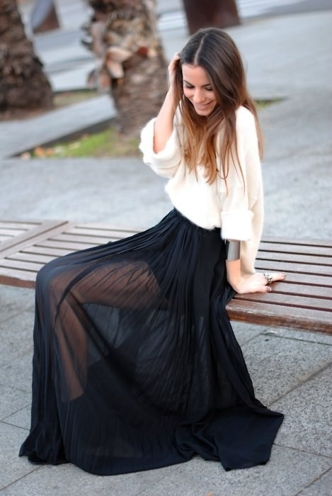 Things to consider while shopping for  Long Black Maxi Skirt