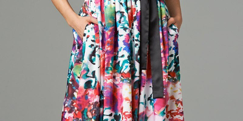 things-to-know-before-buying-floral-gown