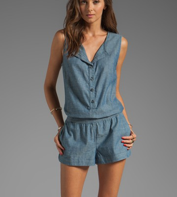 things-to-know-before-choosing-chambray-romper