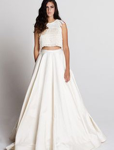 tips-for-choosing-two-piece-gowns