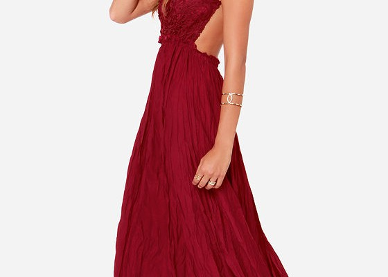 tips-for-finding-suitable-backless-maxi-dress