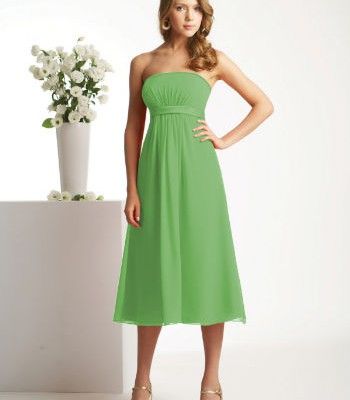 tips-for-selecting-best-green-bridesmaid-dresses