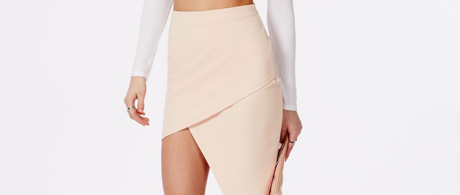 why-you-need-asymmetrical-skirt