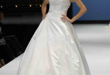 wide-selection-of-disney-wedding-dresses