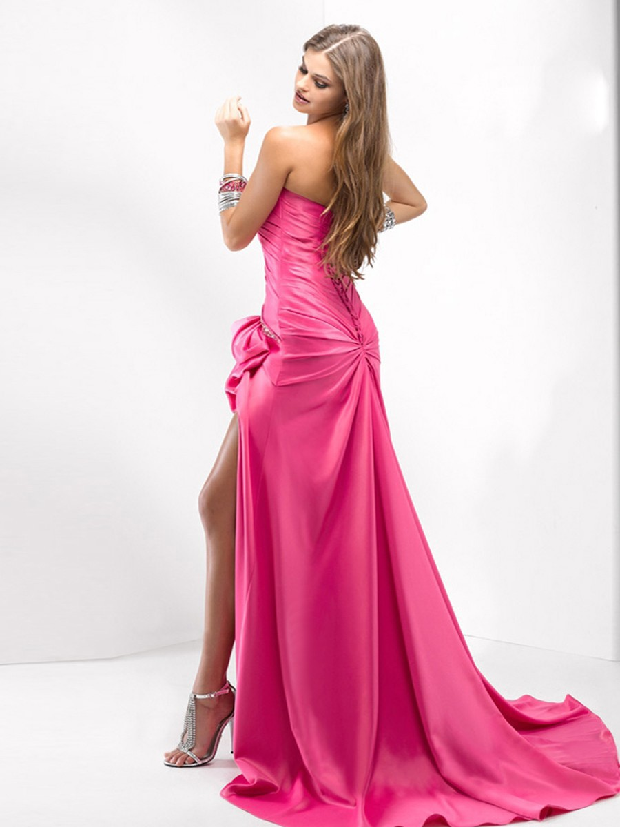 Guidelines for choosing a Satin Gown