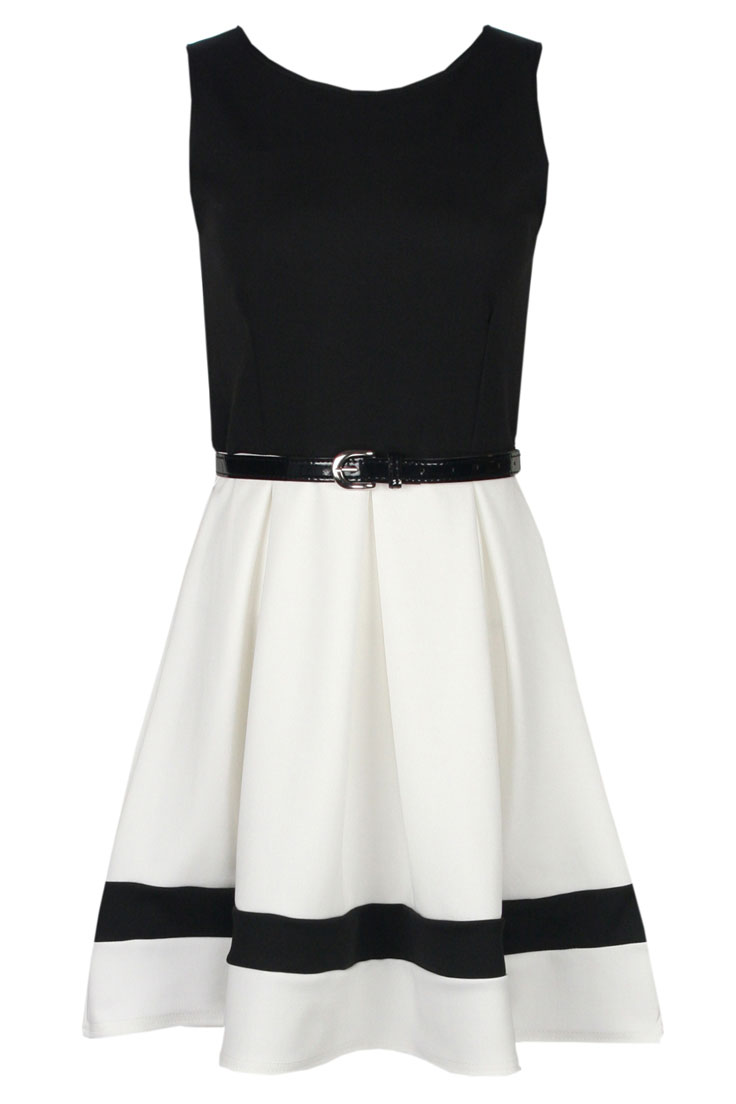 Look your delicacy in  White Skater Dress