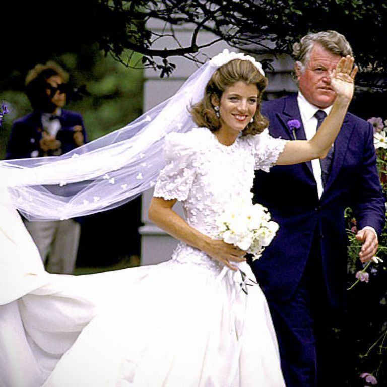 Caroline kennedy wedding dress pictures
