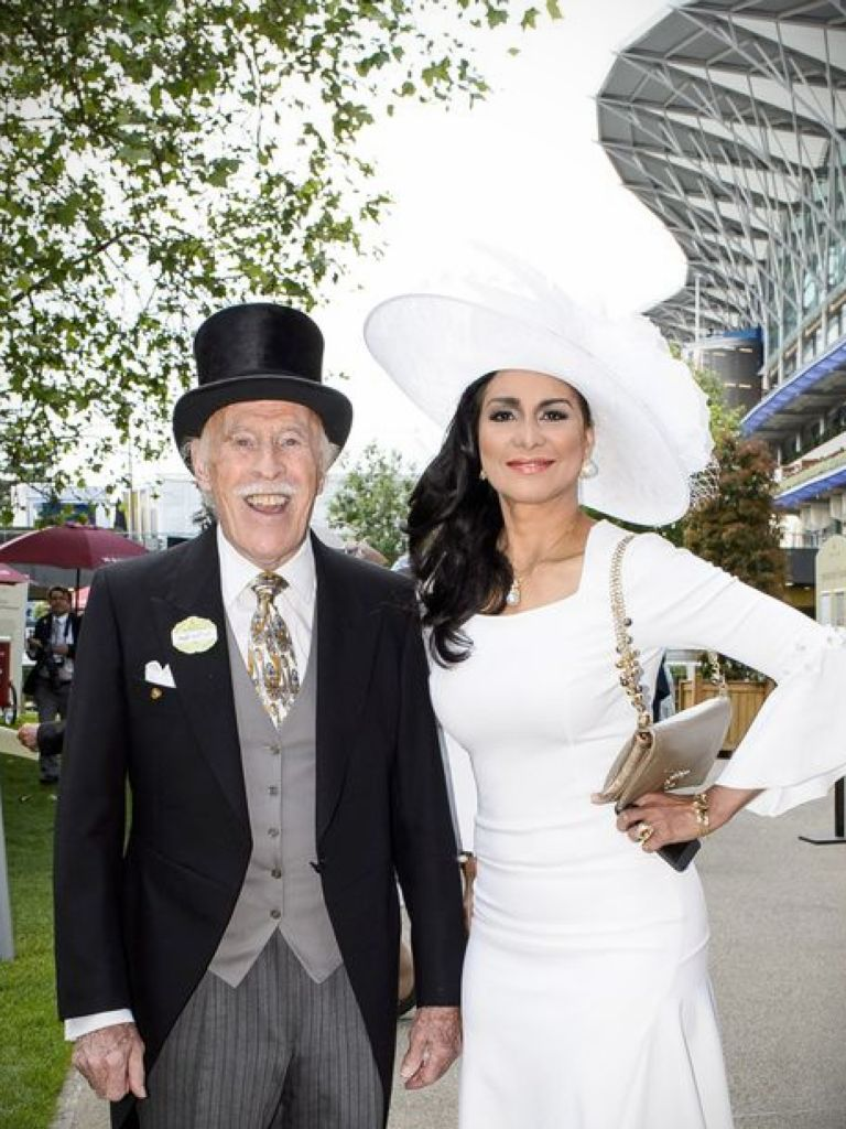 Dress For The Races Uk And Style 2017-2018