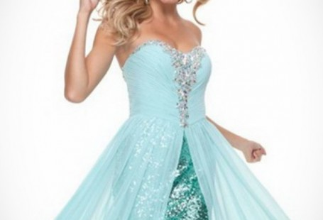 flowy-long-prom-dress-fashion-show-collection_1.jpeg