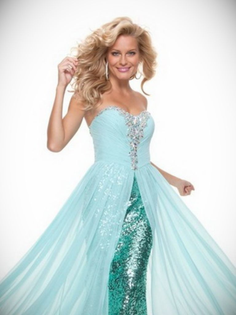 Flowy Long Prom Dress: Fashion Show Collection - 24 Dressi