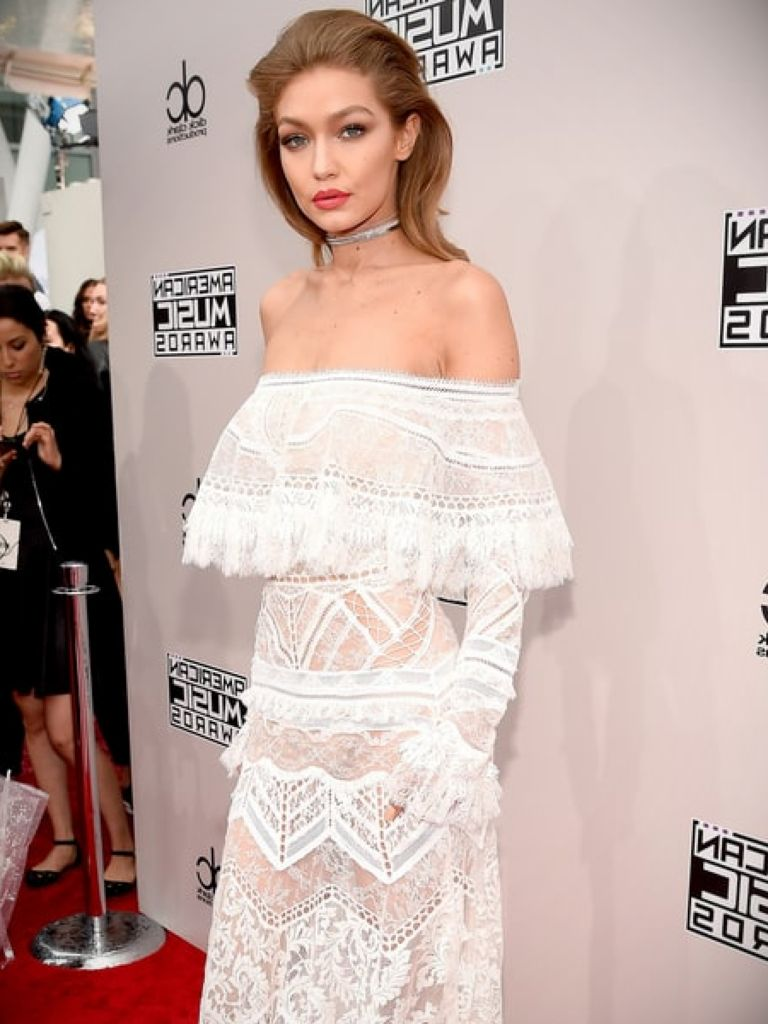 Gigi Hadid White Dress: 18+ Images 2017-2018