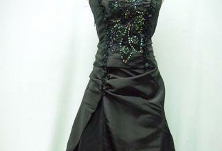 gothic-bridesmaid-dress-uk-make-your-life-special_1.jpg