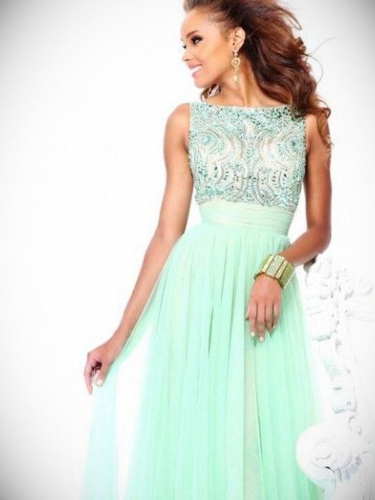 Long mint chiffon dress make you look thinner 24 dressi for Wedding dresses that make you look skinny