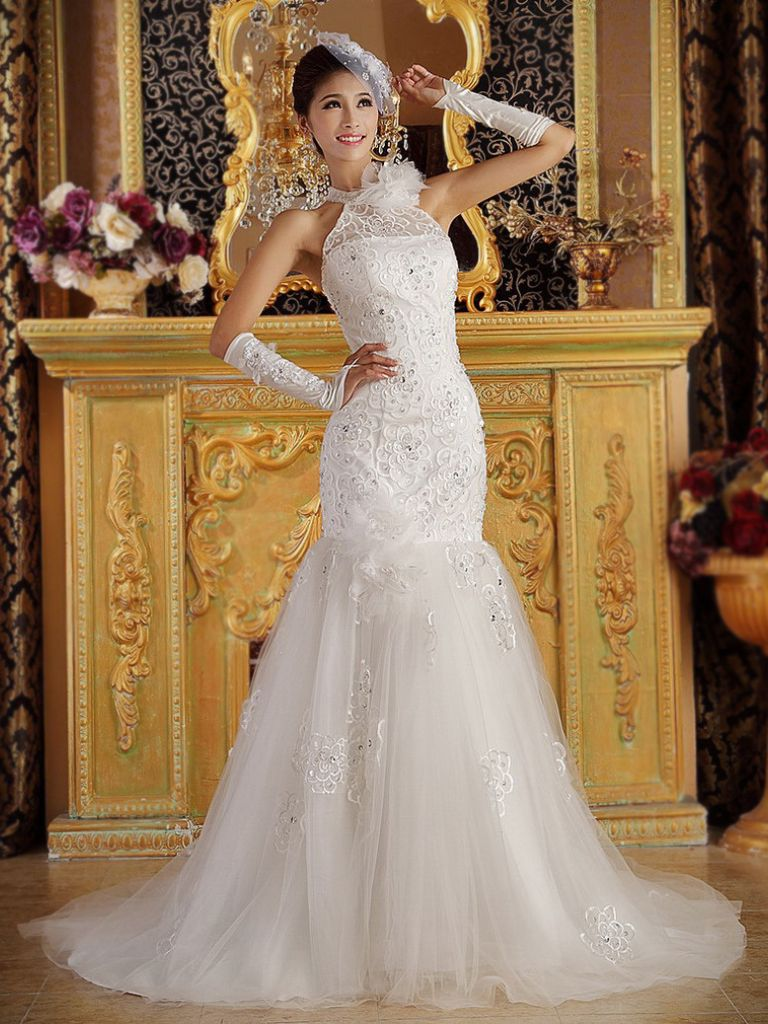 Royal Looking Wedding Dress & How To Get Attention