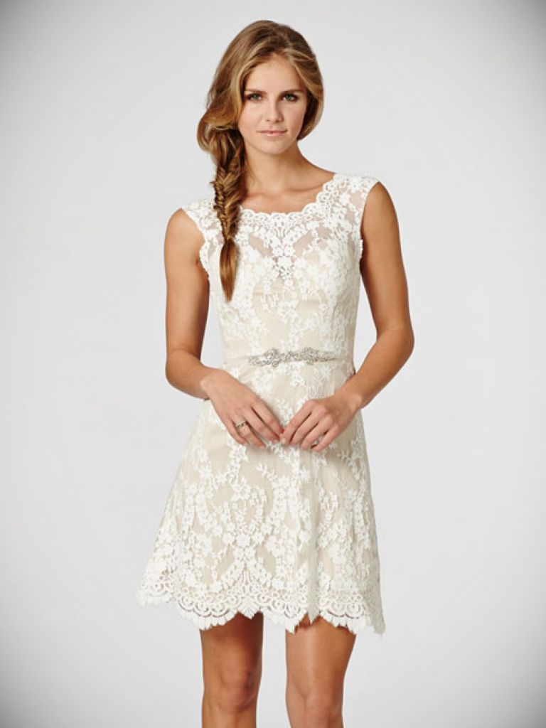 Short Sleeve Ivory Dress: Things To Know Before Choosing