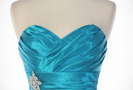turquoise-and-silver-dress-fashion-show-collection_1.jpeg