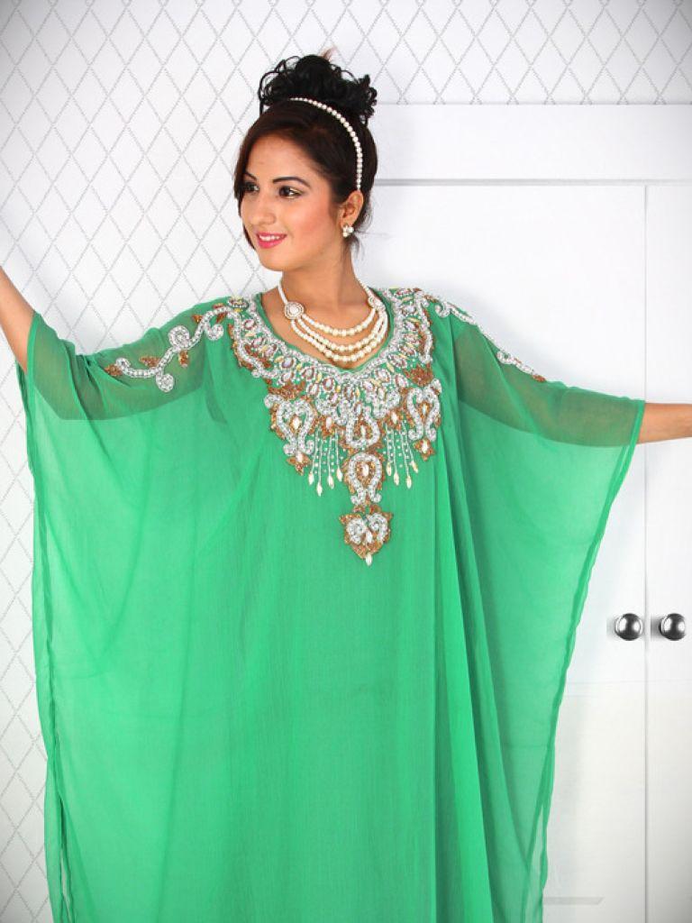 Apple Green Maxi Dress & New Trend 2017-2018